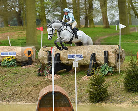Izzy Taylor and DIRECT CASSINO - Belton International Horse Trials 2017
