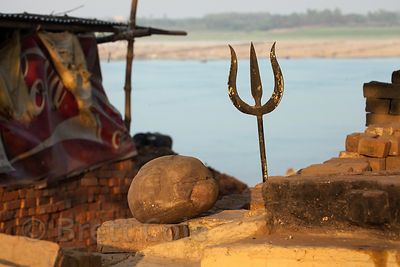 Trident at a homesite along the Ganges River near Assi Ghat, Varanasi, India.