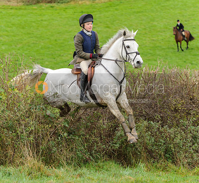 Tilda Farmer - The Cottesmore Hunt at Tilton on the Hill, 9-11-13