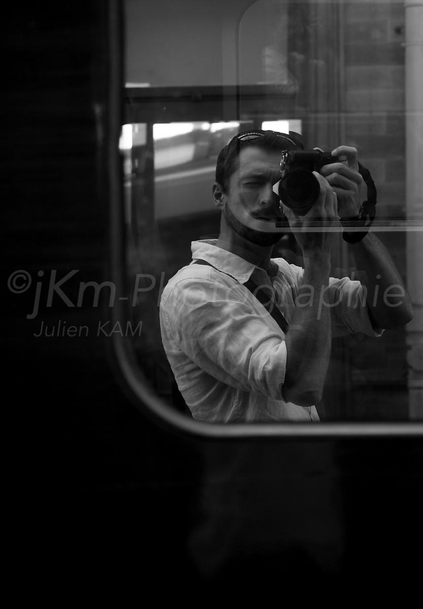 Street Photo - Autoportrait