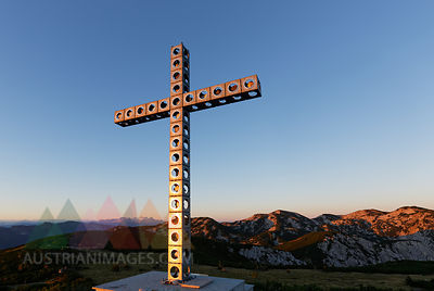 Austria, Upper Austria, Salzkammergut, summit cross on Alberfeldkogel