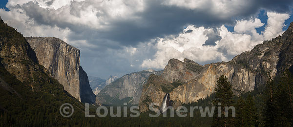 Yosemite Valley in the late afternoon