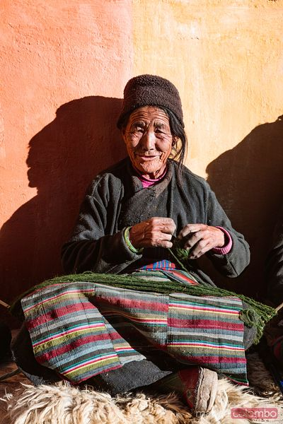 Old woman, Lo Manthang, Upper Mustang, Nepal