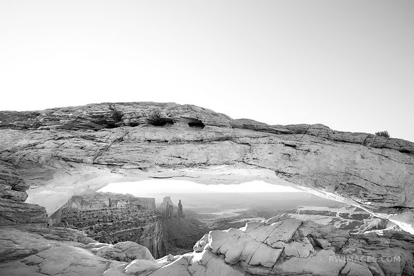 MESA ARCH SUNRISE CANYONLANDS NATIONAL PARK UTAH BLACK AND WHITE