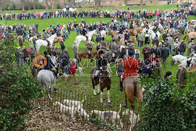 Crowds greet the Cottesmore Hunt on Boxing Day in Oakham