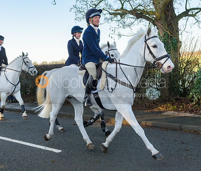 leaving the meet - The Cottesmore Hunt at Pickwell Manor 28/12