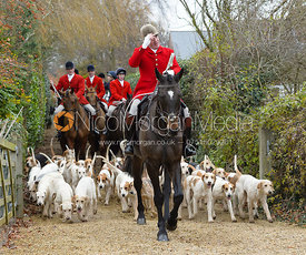 Andrew Osborne and the Cottesmore hounds at the Meet at Parva Lodge