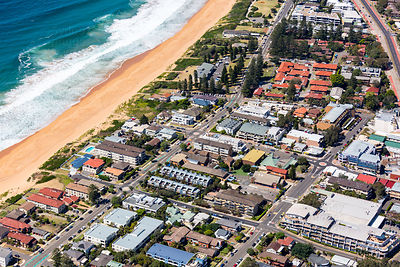 Wellington St, Narrabeen