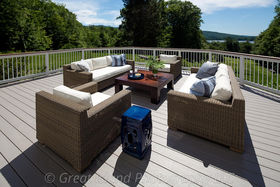 007_Great_Outdoor_Space