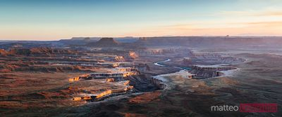 Panoramica del green river si affacciano, Canyonlands, STATI UNITI