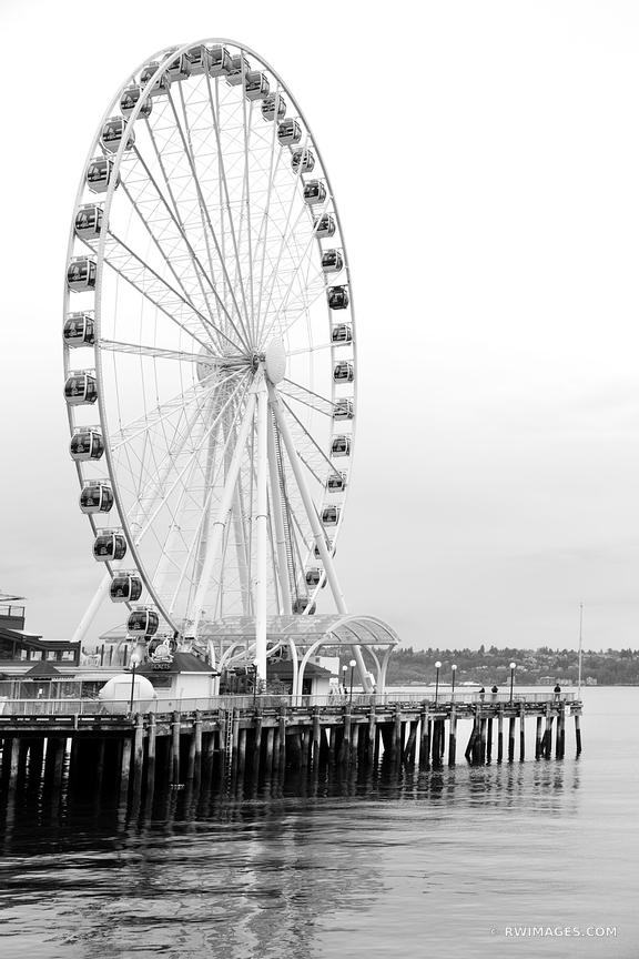 SEATTLE GREAT WHEEL FERRIS WHEEL BLACK AND WHITE VERTICAL