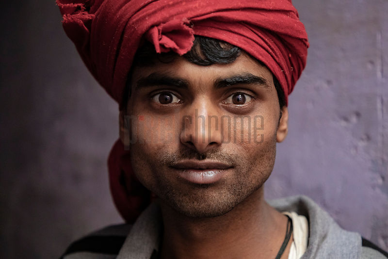 Portrait of a Porter at the Gadodia Spice Market in Old Delhi