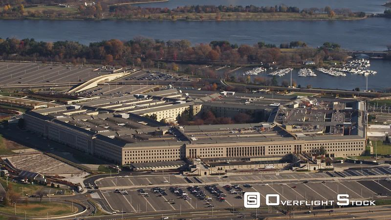 Flying Past the Pentagon, Zoom-out Reveals Glimpse of Washington DC in Background.