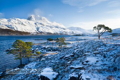 BP2290 - Slioch, from Loch Maree, Winter