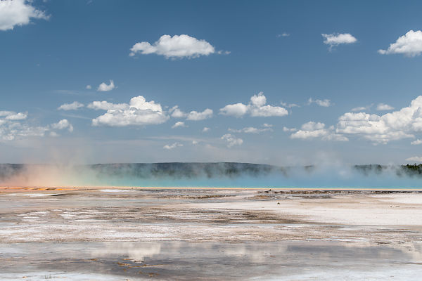 Yellowstone-Grand-Prismatic-1975-3to2-Full