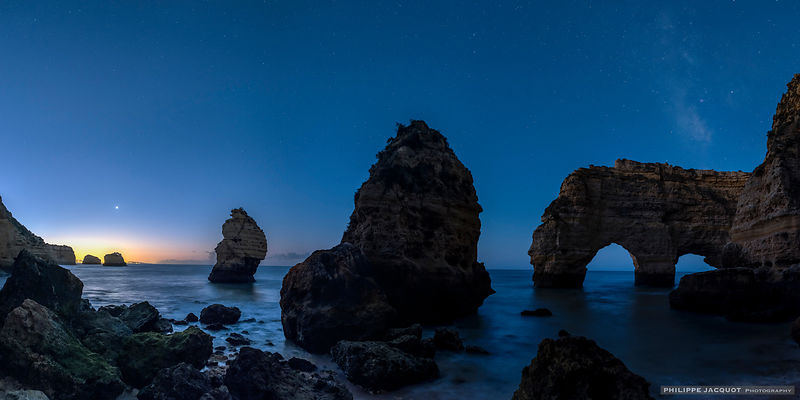 Venus rise at Marinha - Algarve - Portugal