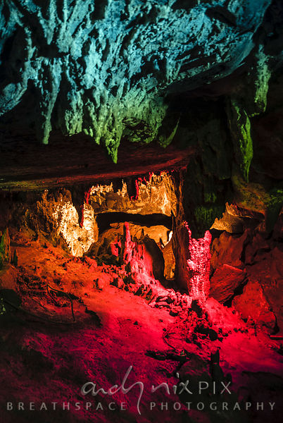 Sudwala Caves: Colourfully lit stalictite and stalicmite cave formations