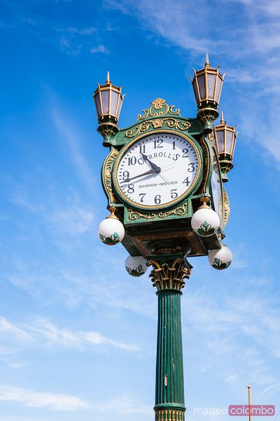 Carroll's Jewelers Street Clock, Seattle, USA