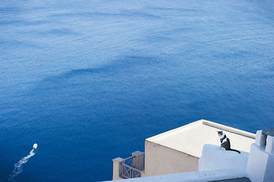 Blue in Santorin