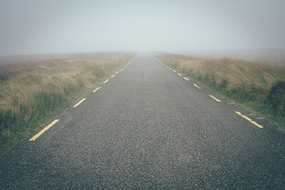 Dublin_mountains_foggy_road_07112016-7637
