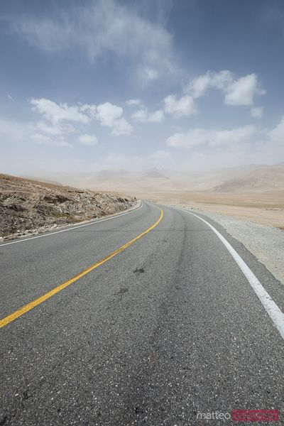 Karakoram highway, Xinjiang, China