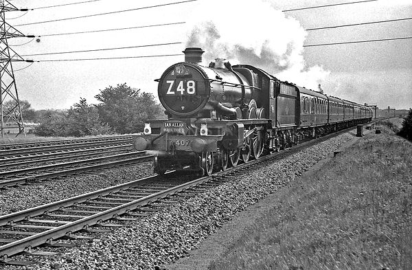 Steam loco Castle 4079 Iver