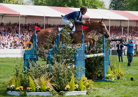 Andrew Nicholson and Nereo - Show Jumping
