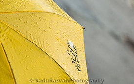 Tour de France Umbrella with Water Drops