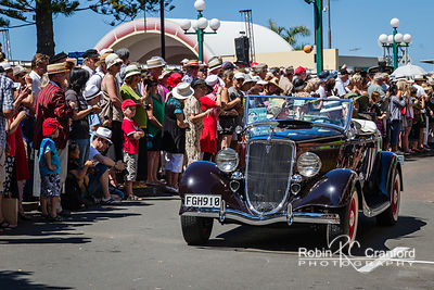 Art Deco Saturday 2012 - Vintage Car Parade.  License Plate = FGH910