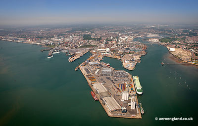 aerial photograph of Southampton  Hampshire   England UK