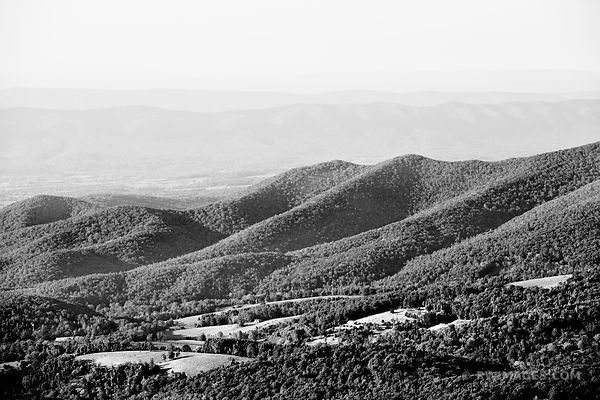 SHENANDOAH VALLEY SHENANDOAH NATIONAL PARK VIRGINIA BLACK AND WHITE