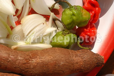 Yam, onions and hot pepper