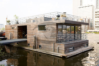 Houseboat Jack Photos