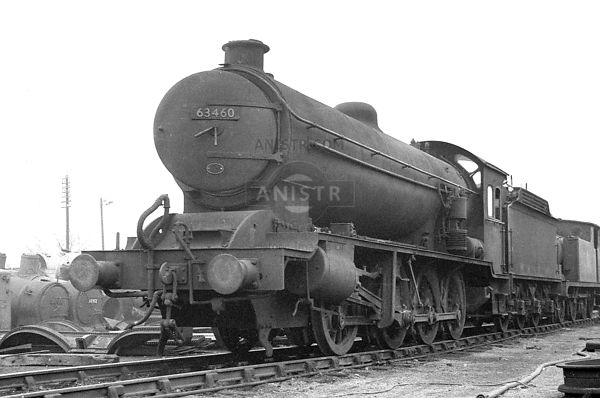 PHOTOS OF Q7 CLASS ER 0-8-0 STEAM LOCOS