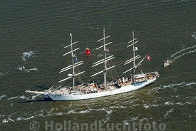 Harlingen - Luchtfoto Tall Ships Races 15