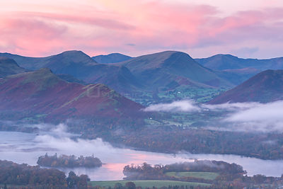 Misty autumn morning over Derwent Water and Newlands Valley, Lake District, Cumbria, England UK. November 2014.