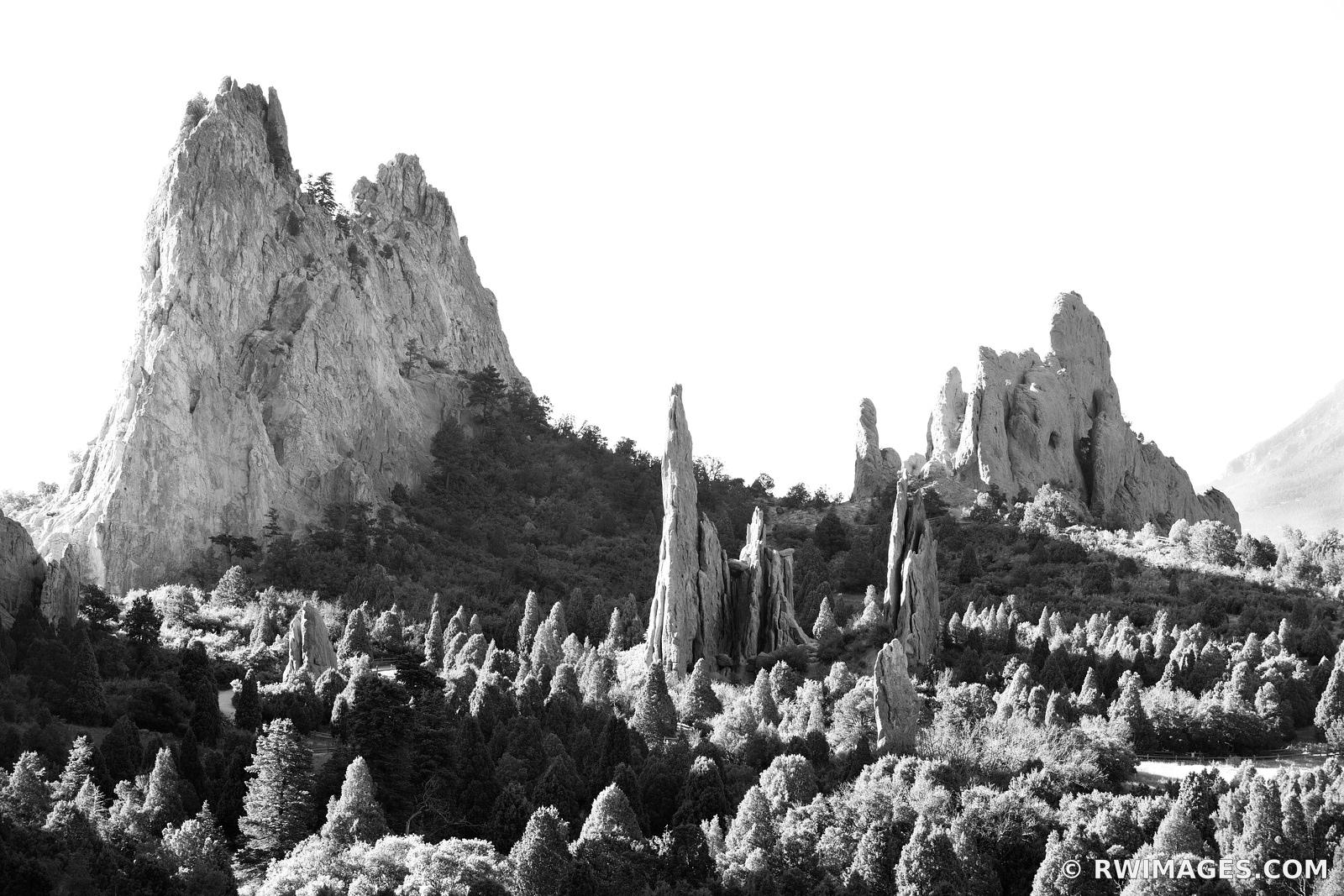 GARDEN OF THE GODS COLORADO SPRINGS COLORADO BLACK AND WHITE