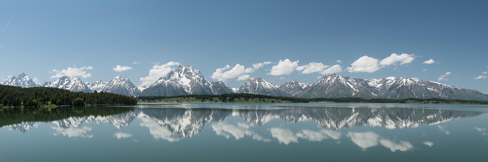 Upper-Tetons-Reflection-Jackson-Lake-Pano-2198