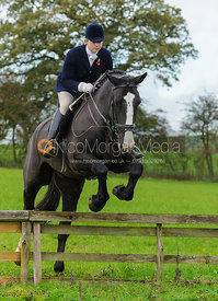 Lara Hellyer - The Cottesmore Hunt at Tilton on the Hill, 9-11-13