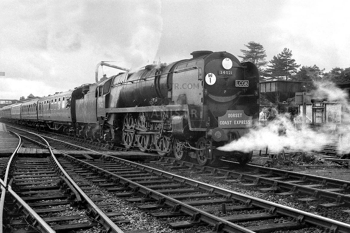 Steam loco WC 34021 Fareham