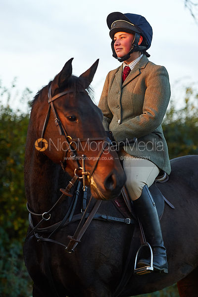 Sophie Walker - The Cottesmore Hunt at America Crossroads 17/10