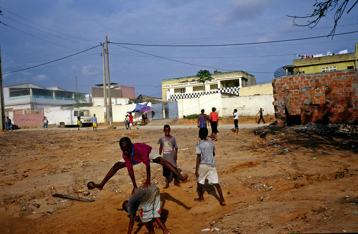 Angola - Luanda - children playing leapfrog