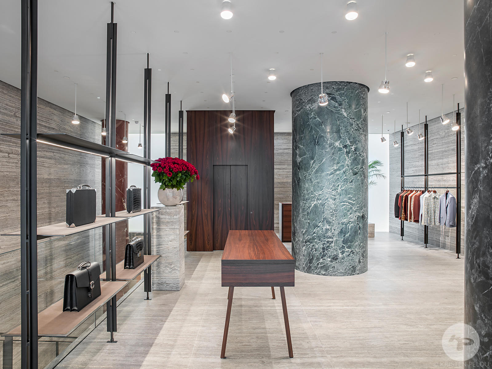 Photographe architecture retail boutique Paris - BOUTIQUE FLAGSHIP BRIONI SAINT HONORE PARIS