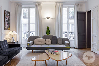 Parisian apartment by Delphine Waiss Architecture et Marie Alfroid.