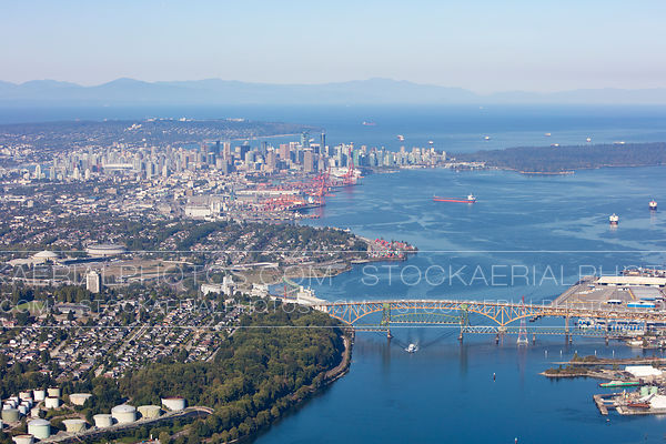 Burrard Inlet, Ironworkers Memorial Bridge