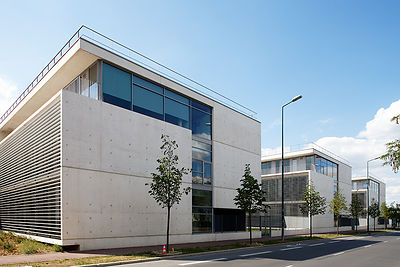 Ciments Calcia - Jacques Ripault Architecture - Institut Universitaire - Gennevilliers