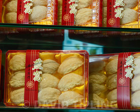 Edible Swiflet nests on sale in medicine shop in Singapore for making birds nest soup