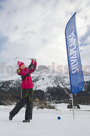 Caroline Rominger Wintergolf in Silvaplana