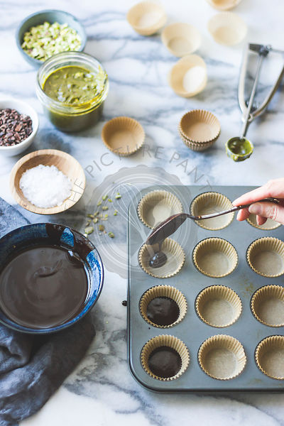 Salted chocolate pistachio butter cups ingredients.