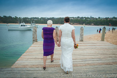 Bride_and_Mum